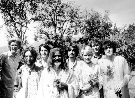 beatles-in-india-48522721-787b-4f61-bda6-2a14fde03661.jpg